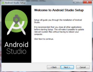 Okienko z napisem Welcome to Android Studio Setup, informujące o tym, że najlepiej zamknąć pozostałe aplikacje i że użytkownik zostanie poprowadzony przez proces instalacji. W okienku przyciski Back, Next i Cancel