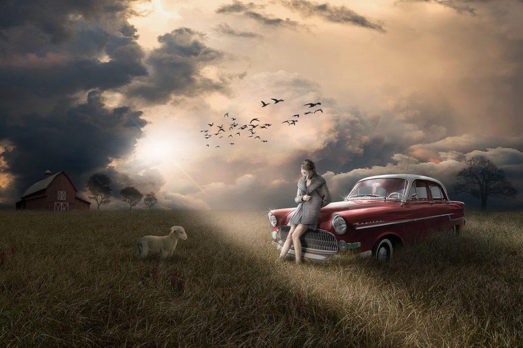 kobieta z owieczką