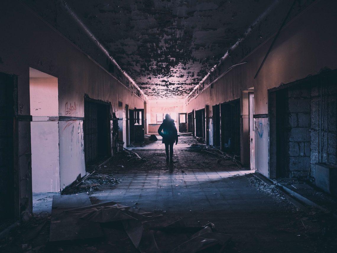 Wejdź w korytarz