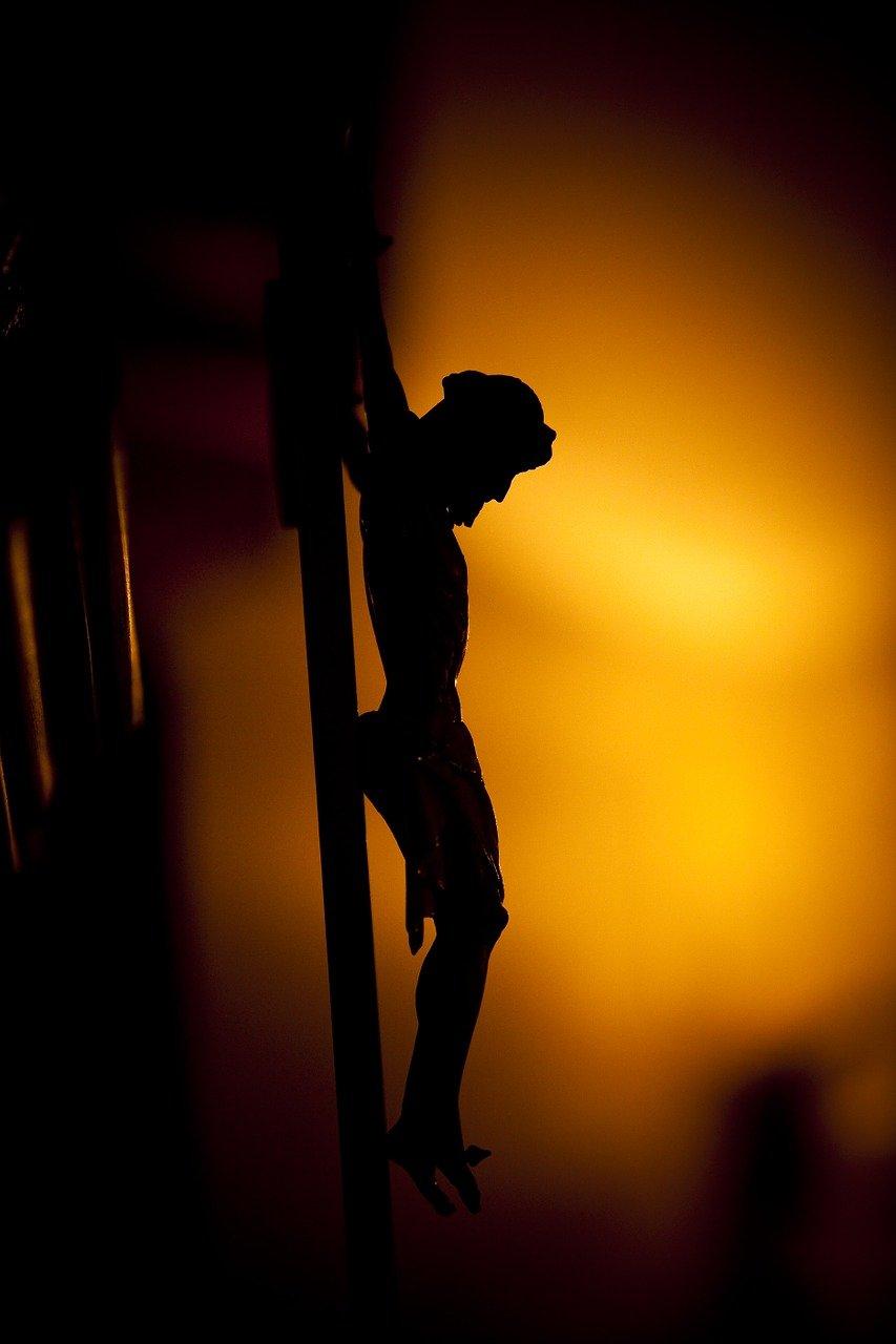 Rozważ, kim jest Ten, który wisi dla ciebie na krzyżu